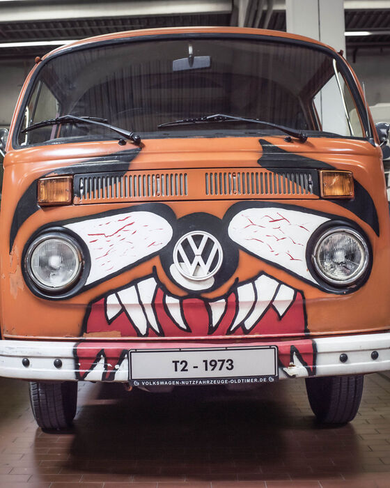 vw bulli orange gesicht